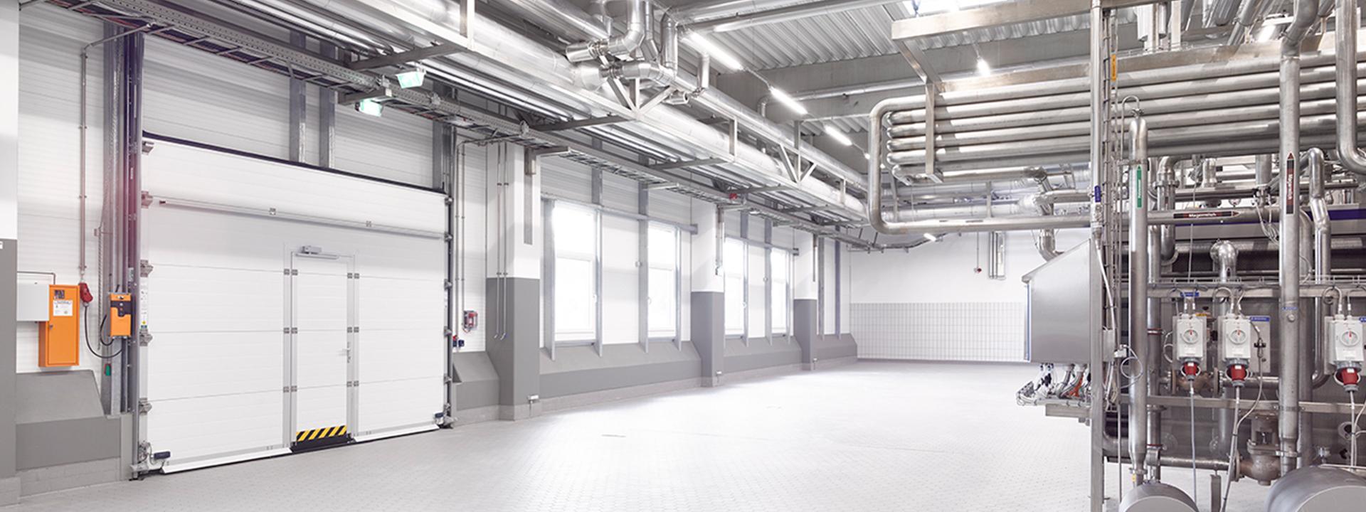Produktionshalle im Neubau einer Molkerei mit Hygiene - und Energiekonzept mit Masterplan von IE Food