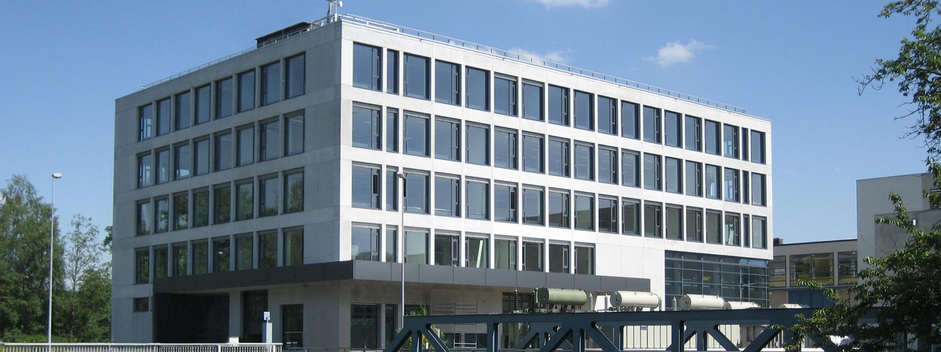 Aussenansicht des neuen Industriegebäudes, generalgeplant von IE Group