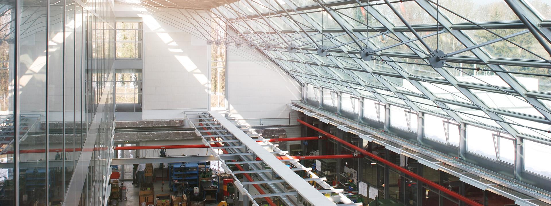 Ansicht Montagehalle von Mowag GmbH nach Umbau durch IE Group