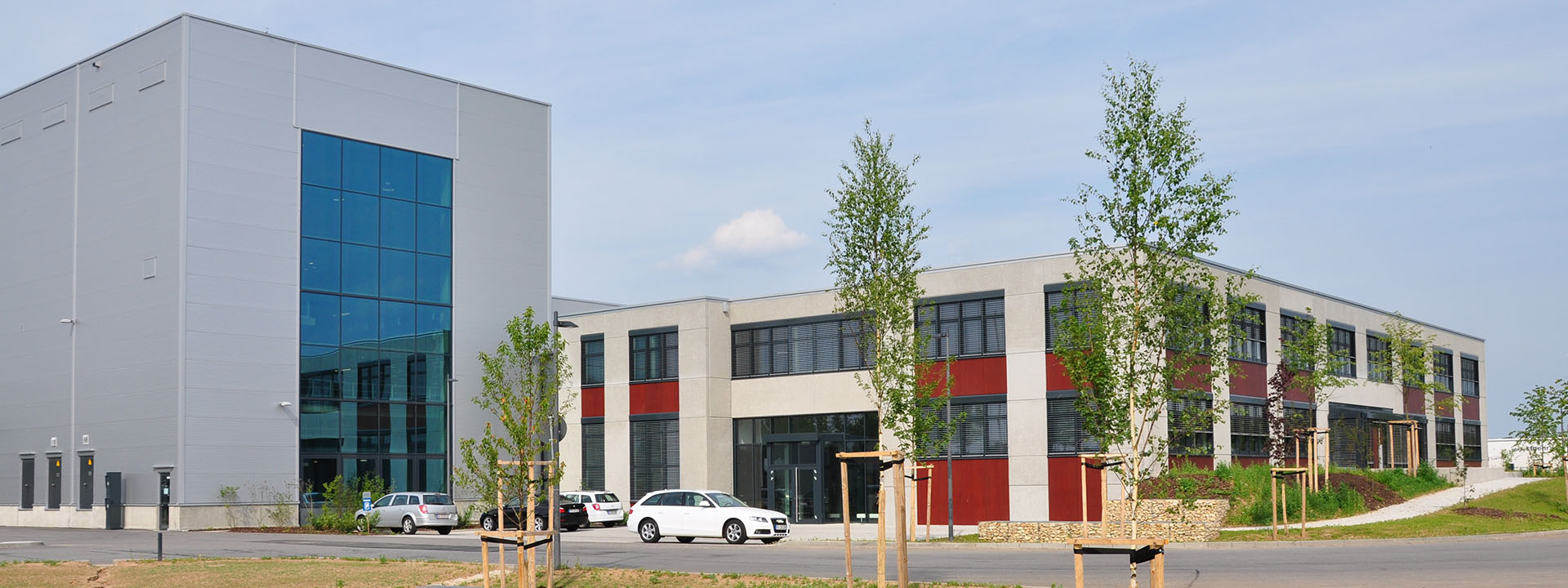 General management for constructing a new printing plant with logistics centre and administrative building.