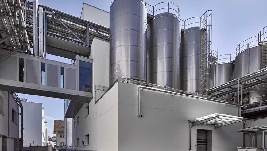 IE-Masterplan für einen ganzheitlich geplanten Industriebau mit Hygiene- und Zonenkonzept.
